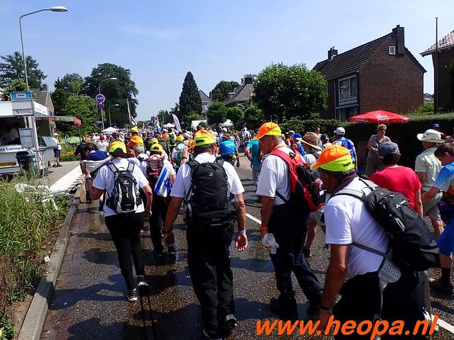 2016-07-21   3e  dag Nijmegen   40 Km  (99)
