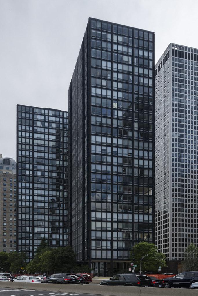 860880 Lake Shore Drive Chicago Ludwig Mies Van Der Roh Flickr