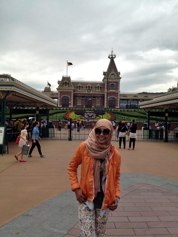 Day 5: Avenue of Stars dan Hongkong Disneyland, Day 5: Avenue of Stars dan Hongkong Disneyland, Jurnal Suzannita
