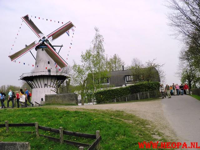 16-04-2011     Rode-Kruis   Bloesem   wandeltocht 26 Km (45)