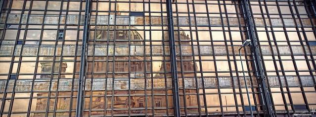 Palast der Republik - Reflection of Berliner Dom