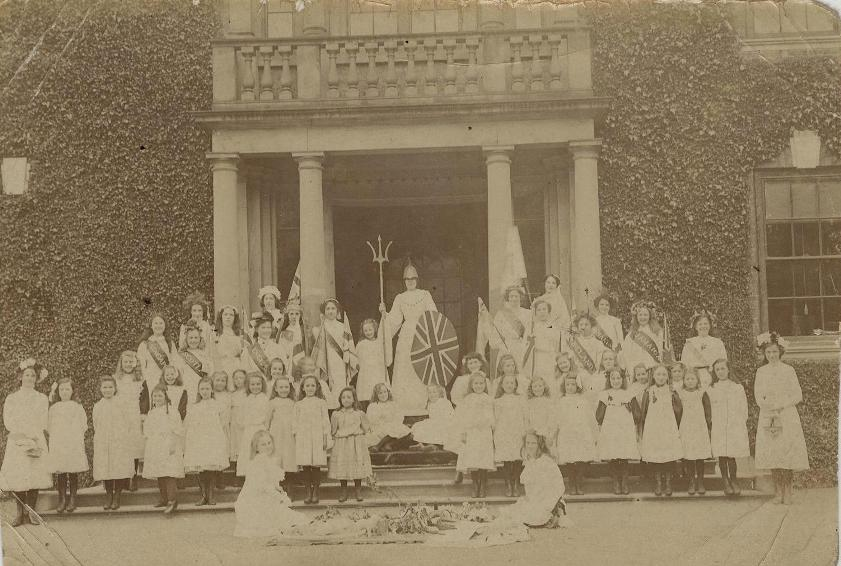 Pupils of Beverley Minster Girls School outside Admiral Walker Hall, c.1902 (archive ref DDX1544-1-6)