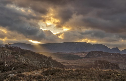 sunrise morning moody scottishhighlands scotland highlands nc500 northcoast500 roadtrip londubh poolewe nikon18105mm nikond7000
