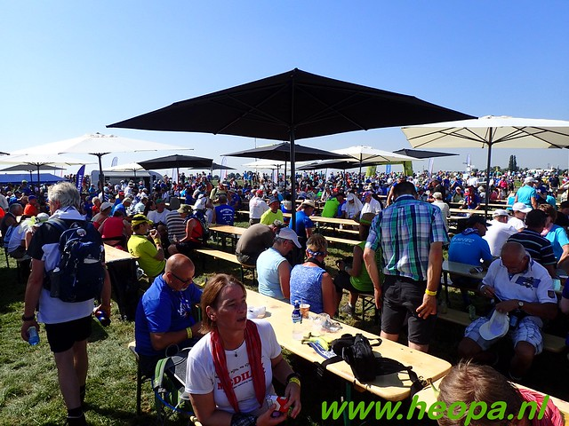 2016-07-19   1e dag Nijmegen    40 Km (76)