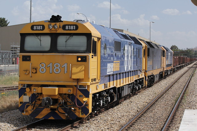 8181, DL42 and 8117 at Bathurst