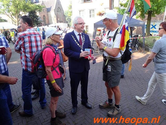 2016-07-21   3e  dag Nijmegen   40 Km  (42)