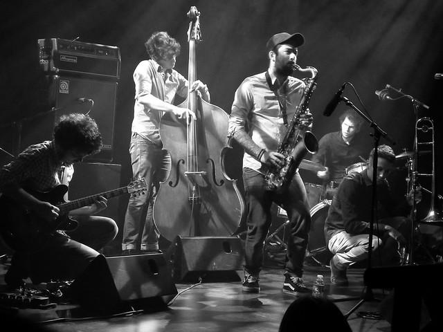 PJ 5  en concert au Petit Faucheux à Tours.