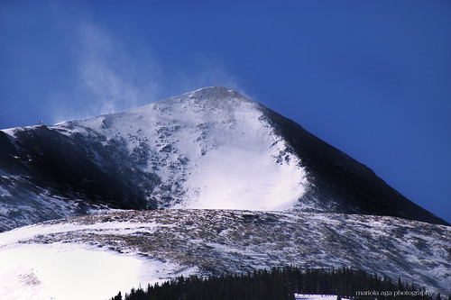 blue winter sky white mountain snow colorado wind skiresort breckenridge blast thegalaxy