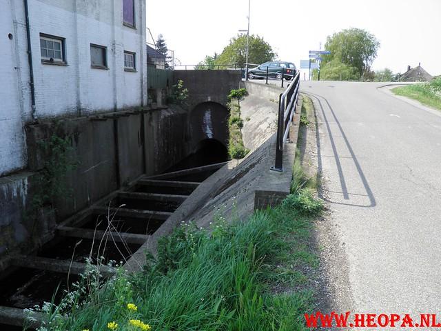 30-04-2011   Boven-Leeuwen  40 Km (24)
