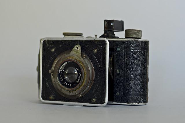 Derby (type 3B) C-F-Foth & Co (Berlin) 1935 lens 77315 (Foth 24) 8