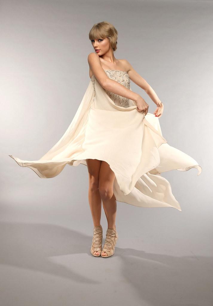Feet taylor swift Taylor Swift