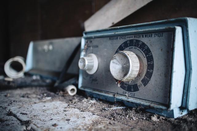 Abandoned: Wash 'N Wear [Explored]