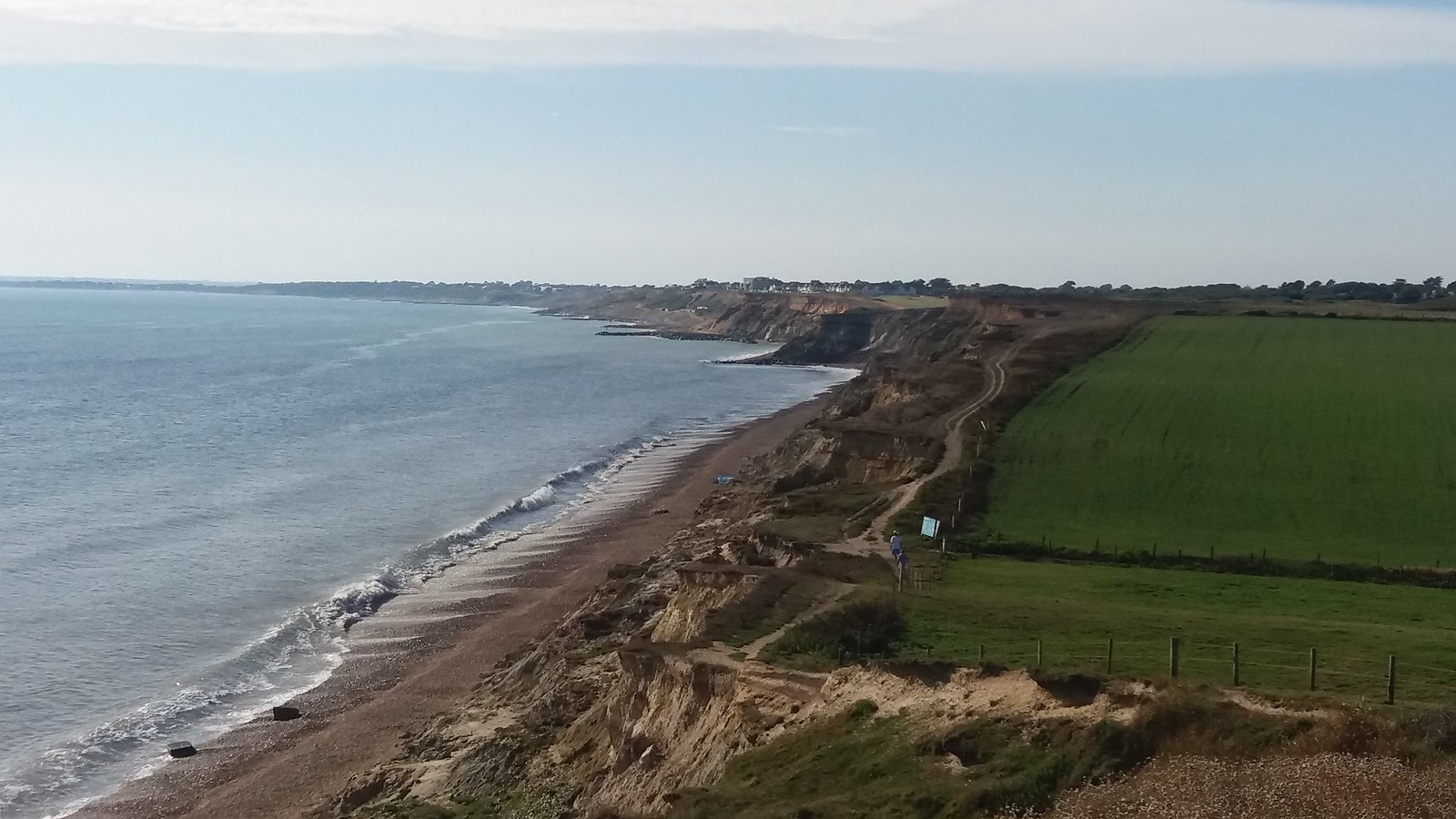20160907_161617 Almost inaccessable beach east of Barton on Sea