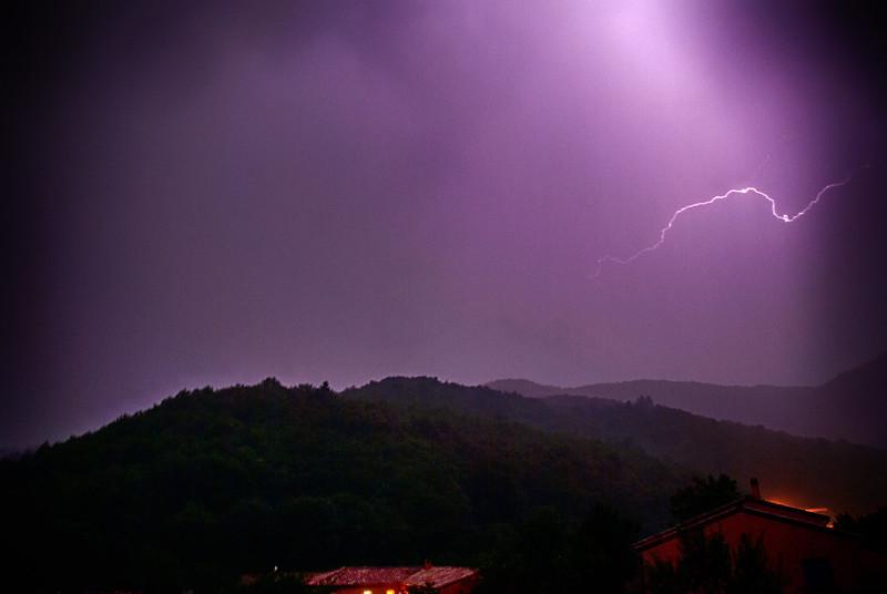 Thuet Lightning 02