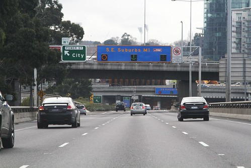 Headed along the West Gate Freeway towards the western portal of the Burnley Tunnel