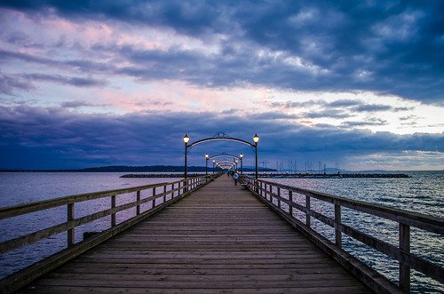 canada pier vanishingpoint britishcolumbia whiterock whiterockbeach martinsmith ©martinsmith fallafternoonatthepier nikkor1855mmf3556gvrii