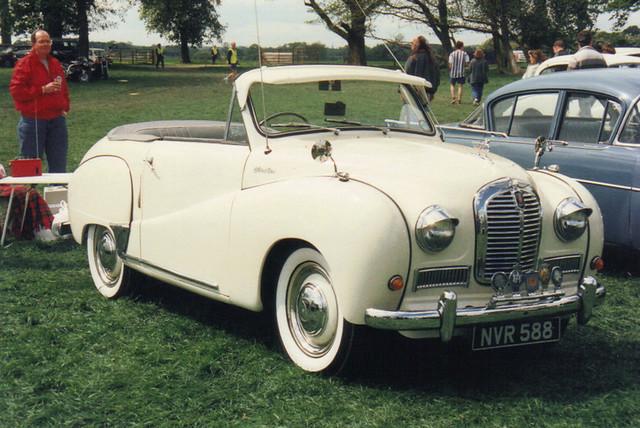 Austin A40 - NVR 588