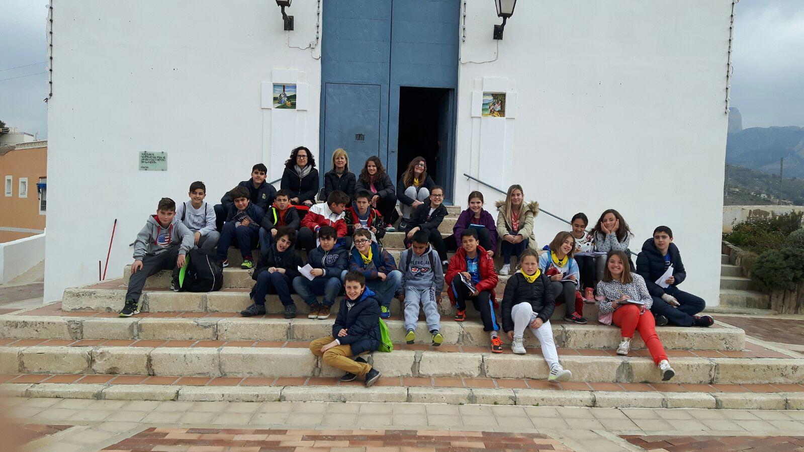 (2016-03-18) - aVisita ermita alumnos Pilar, profesora religión 9´Octubre - María Isabel Berenguer Brotons (04)