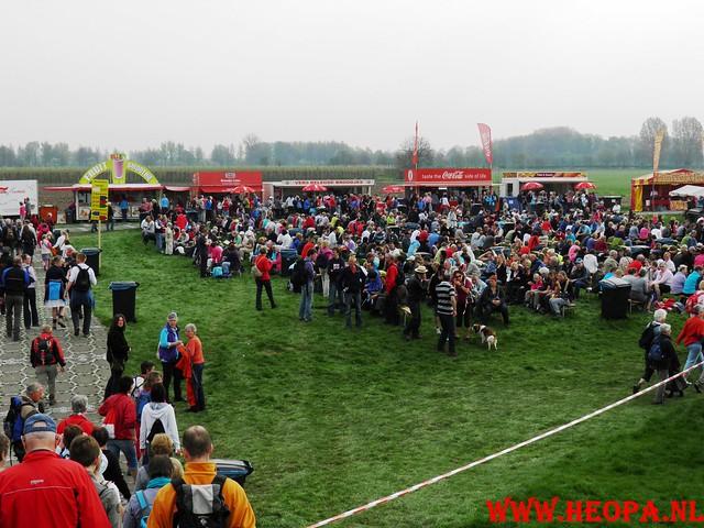 16-04-2011     Rode-Kruis   Bloesem   wandeltocht 26 Km (40)