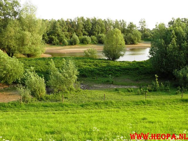 30-04-2011   Boven-Leeuwen  40 Km (9)