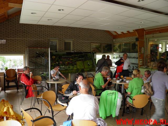 28-05-2011   Molenwaardtocht  30.5 Km (42)