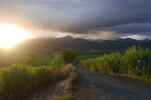 montagne soleil nuage paysage guadeloupe glp lamentin