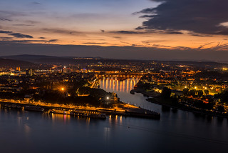 Deutsches Eck bei Nacht | by www.arternative-design.com