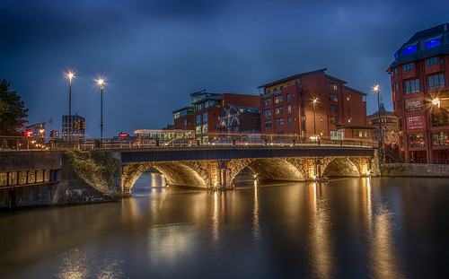 road bridge red west bus wet water wall river bristol walking lights boat long exposure walk windy land avon