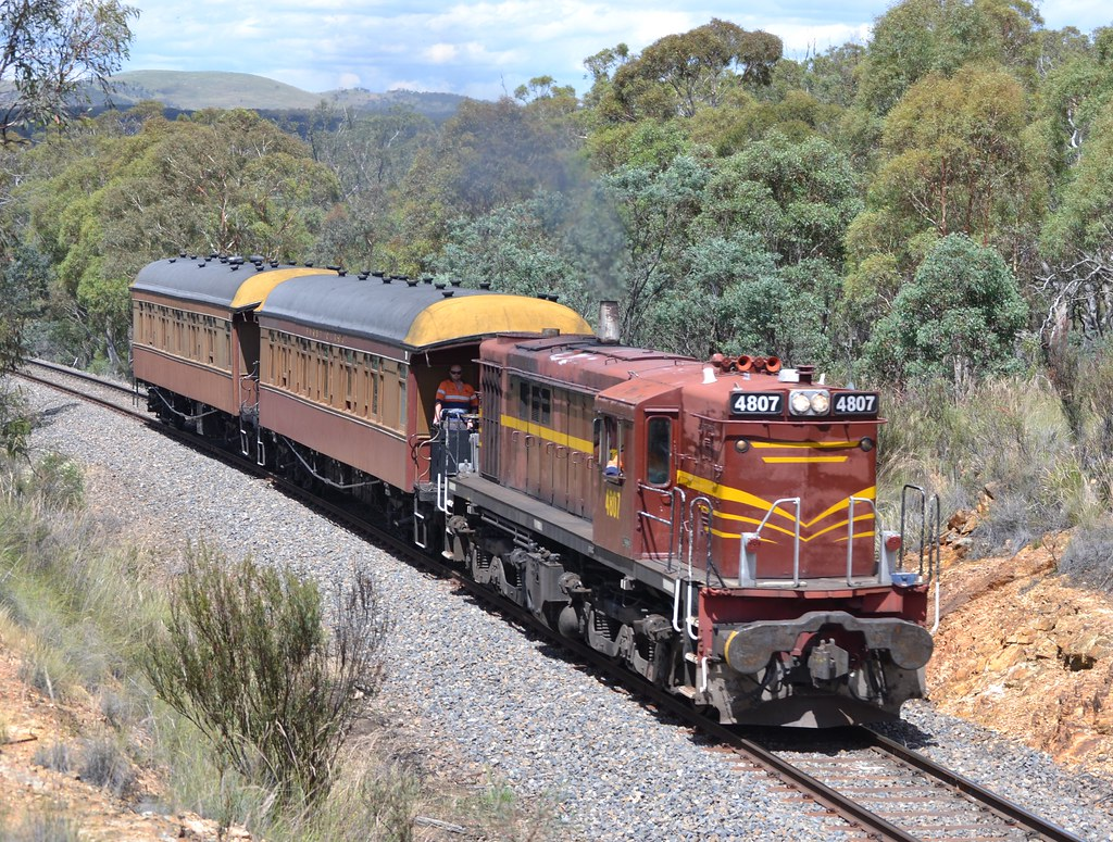 07.12.2014 - Brooks Hill Reserve - ARHS ACT 4807 heads to Canberra by Jeff