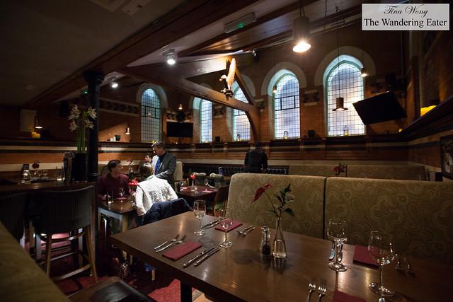 Bar/Lounge seating
