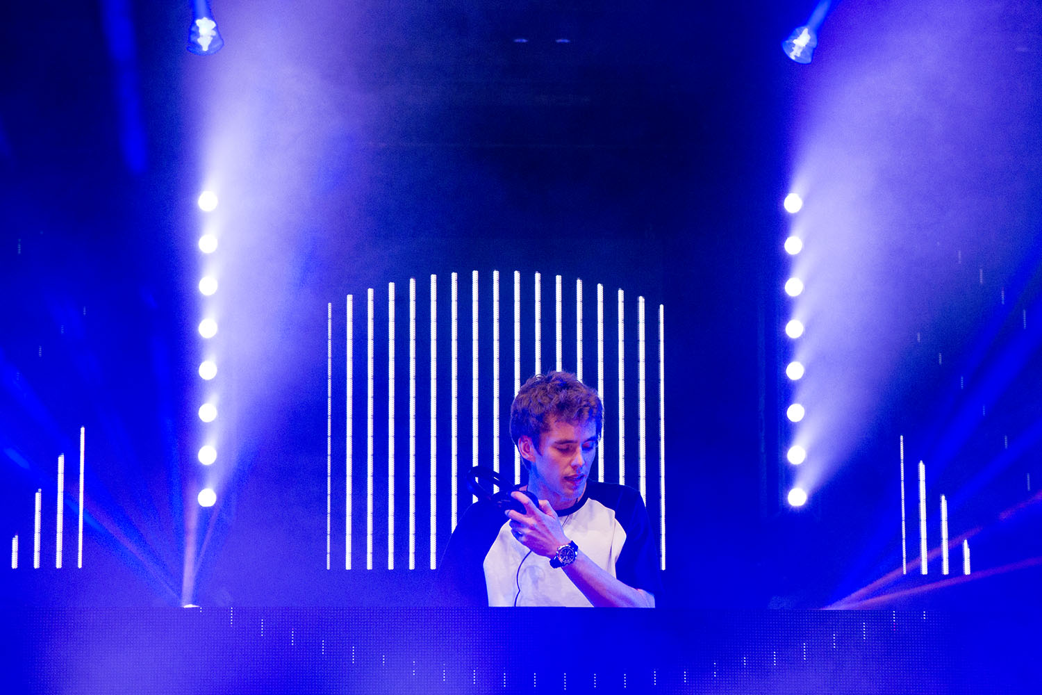 Lost Frequencies 04