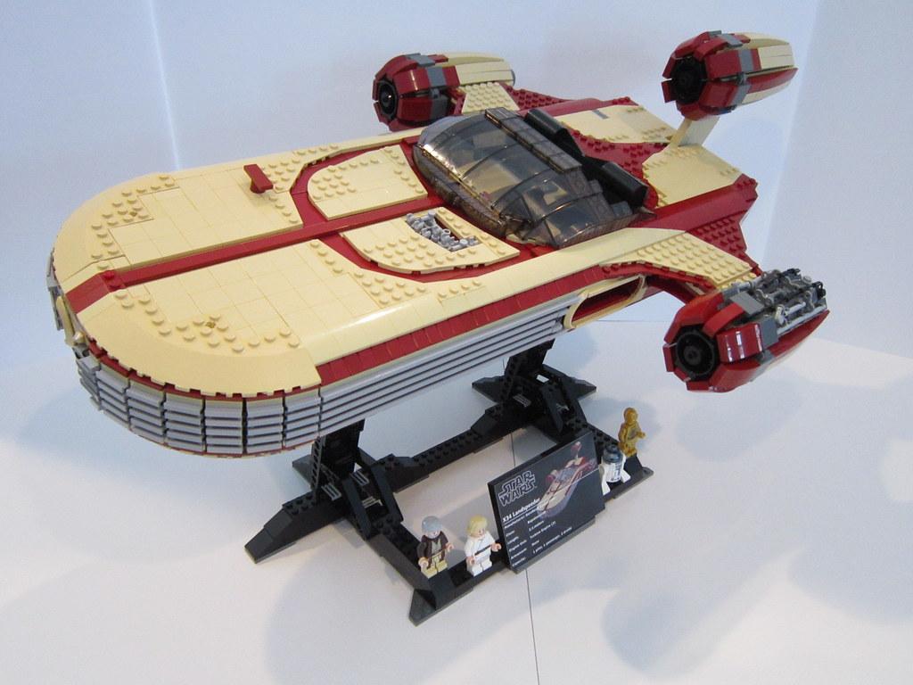 Lego Star Wars Ucs X34 Landspeeder Additional Passengers Flickr