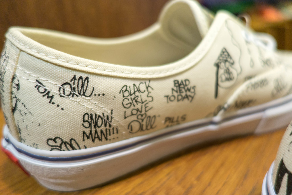 "7385ba2db1 ... Jason Dill x Vans Syndicate OG Authentic ""S"" - a closer look"