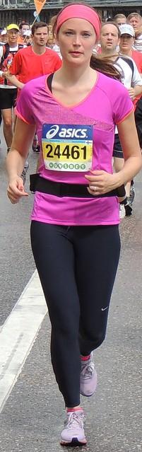Marathon woman in pink