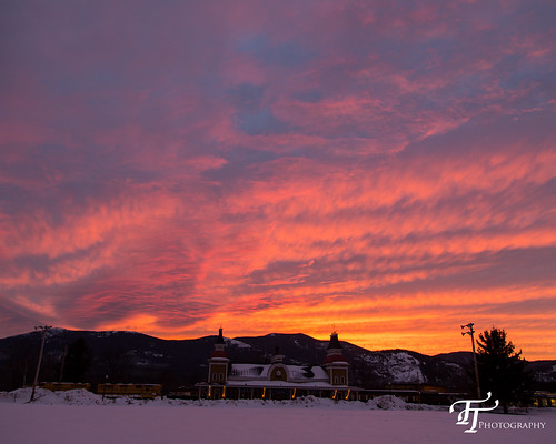 sunset clouds canon eos march unitedstates conway newhampshire nh trainstation dslr moats 6d northconway 2015 ef24105mmf4lisusm conwayscenicrailroad moatmountains schoulerpark