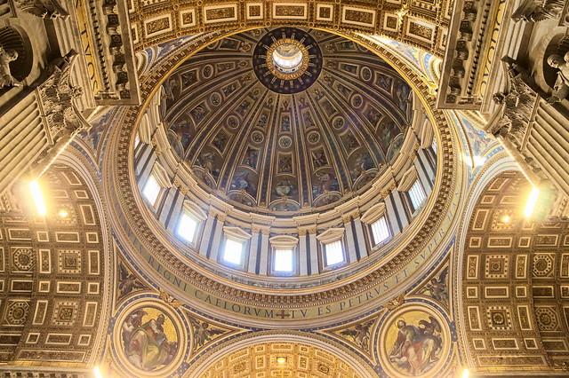 Rome - Coupole de la basilique Saint-Pierre