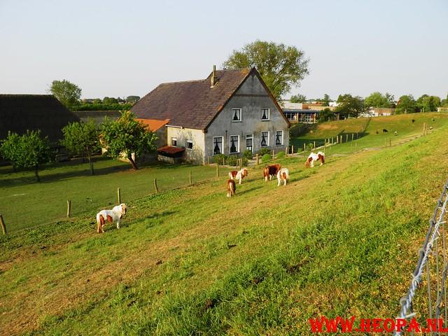 30-04-2011   Boven-Leeuwen  40 Km (7)