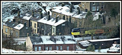 winter snow yorkshire terraces tug westyorkshire terracehouses cornholme 2015 colas calderdale class60 caldervalley 60076 6e32