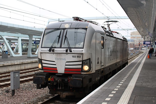 Siemens, 193 902 [EXPLORE]