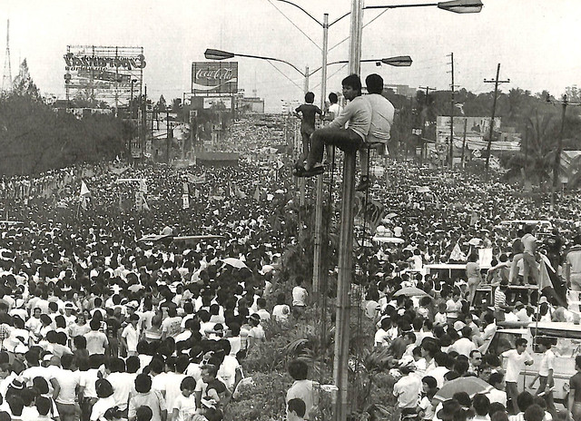 Feb. 23, 1986, early afternoon: Thousands of citizens in the streets.