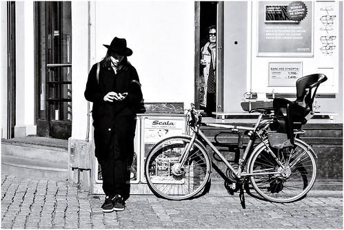 street city people blackandwhite bw streets monochrome sunglasses bike mono blackwhite sweden stockholm candid streetphotography sunny streetlife streetphoto sverige scandinavia bnw streetview streetshot 2015 gatufoto