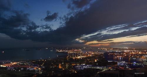 sunset sea sky sun sol night clouds port landscape puerto atardecer noche mar nikon day darkness earth ciudad paisaje dia cielo nubes bluehour tierra estambul oscuridad horabruja jesuscm