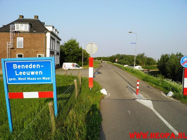 30-04-2011   Boven-Leeuwen  40 Km (8)