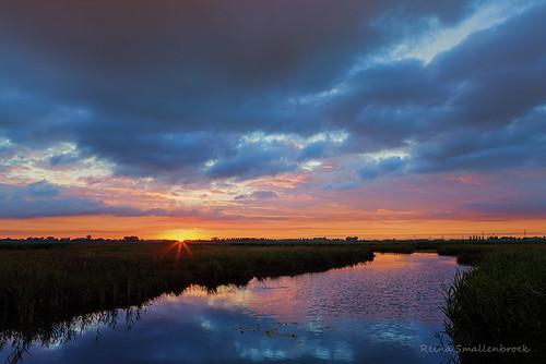 sunset sky water netherlands clouds canon landscape zonsondergang nederland wolken lee groningen lucht drenthe landschap natuurmonumenten onlanden reinasmallenbroek leendsoftgrad06