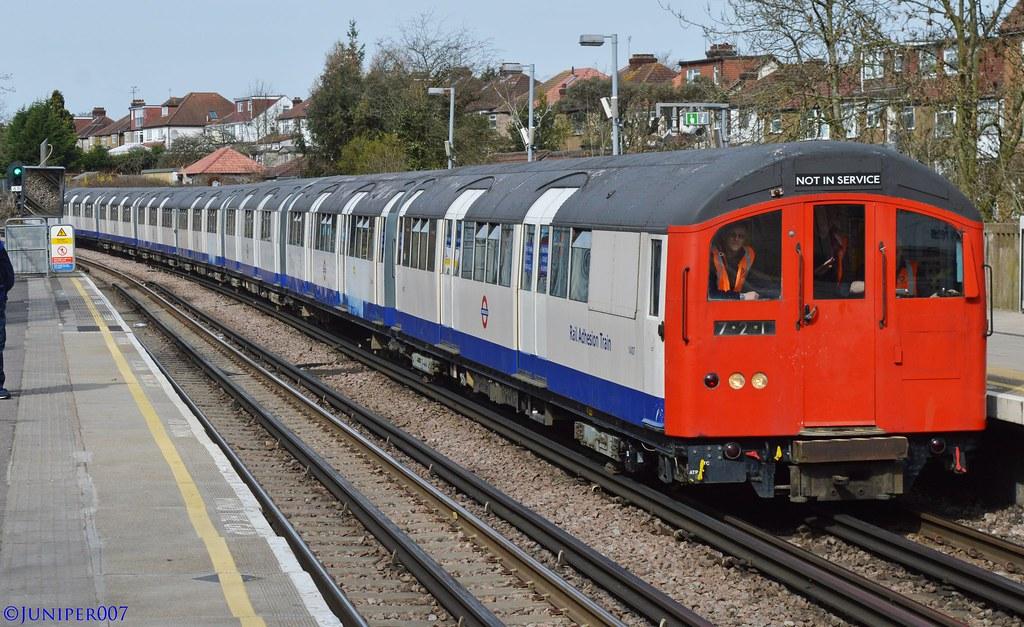 London Underground - 1962 Tube Stock - Train 721 - Sudbury Hill