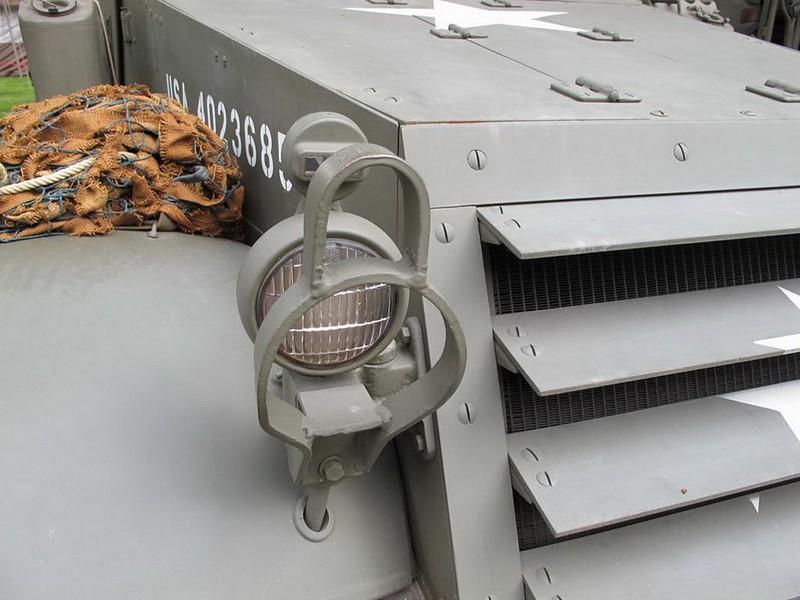Halftrack M3 4