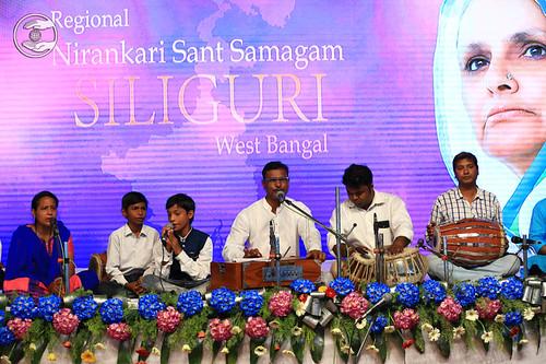 Bhojpuri devotional song by Kanhaiya and Saathi from Sahara