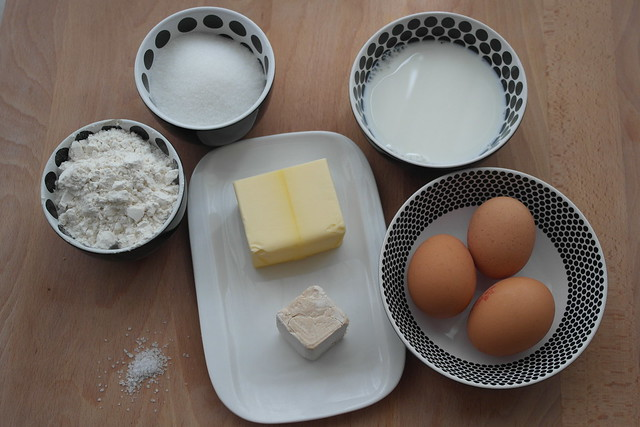 Bollos de leche o Suizos