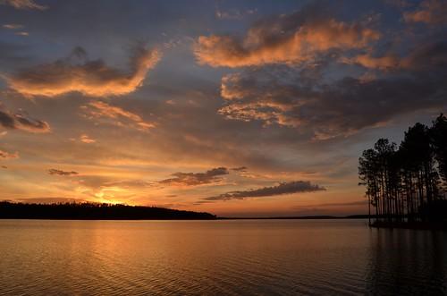 sunset lake reflection sundown pines pinetrees molenaga stillbranchreservoir