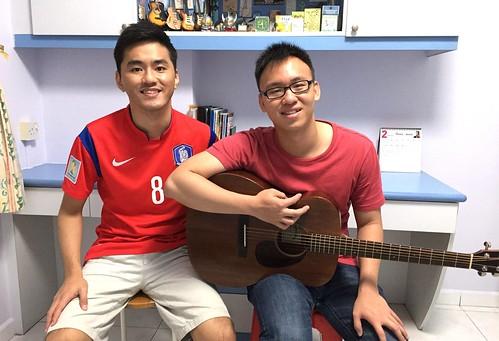 1 to 1 guitar lessons Singapore Jun Hao
